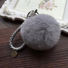 Nyuszi szőr táskadísz- kulcstartó szürke