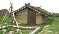 Om husen i staden Viking Camp, Iron Age, Vikings, Medieval, Architecture, Tents, House Styles, Om, Buildings