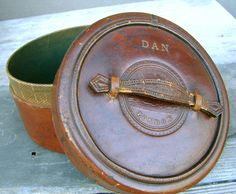 FOR DAN antique leather collar box