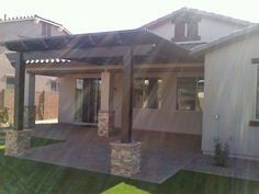 Mesa Awning is a proud distributor of Alumawood® aluminum patio covers, serving homes all over the Phoenix, AZ area. Call us at 480-969-4064 for free quote!