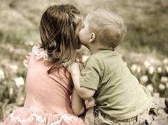 """""""Dünyayı Güzellik Kurtaracak;  Bir İnsanı Sevmekle Başlayacak Herşey.""""  Sait Faik Abasıyanık"""