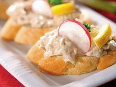 Tuniakovo-syrová nátierka Snack Recipes, Snacks, Tasty Dishes, Mashed Potatoes, Eggs, Breakfast, Ethnic Recipes, Food, Kitchens