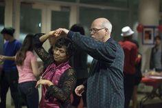 Elmer Huerta explica los beneficios de la danza en la memoria y su aporte en la comunicación de las regiones cerebrales. Bailar no solo favorece a mantener un saludable estilo de vida sino que tiene grandes beneficios para nuestra memoria, especialmente en la vejez. Un estudio realizado en la Universidad de Colorado y publicado por …