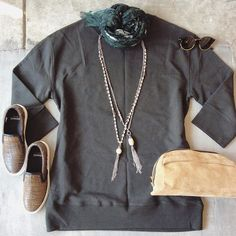 We are loving this cozy sweatshirt dress🍂🍁🍂🍁 @nanfusco #streetstyle #ootd #lookoftheday #everydayisarunway #nanfuscojewelry #diemme #tomford