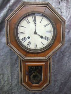 Wall Clock 1218 Watch Antique
