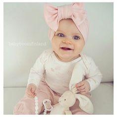 Ihana BabyBoom rusettiturbaani, tämän sävy on aivan täydellinen!
