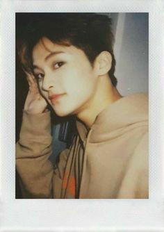 """I look after you like a star-keeping moon"" Lucas Nct, Mark Lee, Taeyong, Jaehyun, Nct Dream, K Pop, Nct 127 Mark, Selca, Johnny Seo"