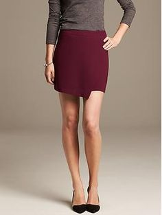Crepe Foldover Skirt - Perfect little mini to transition into fall!