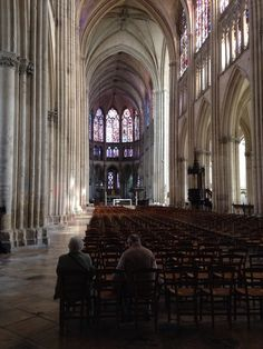 Old couple in Troyes cathedral, summer 2014