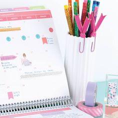 Nada supera a sensação de ter uma superfície física para desenhar e planejar a semana. Compre online - www.paperview.com.br • Receba em casa #meudailyplanner #planner2016 #dailyplanner #loveplanner #organização #feitoamao #trend