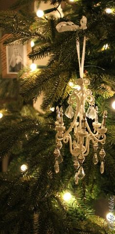 ♡ I have this ornament.