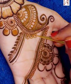 Mehndi Designs Front Hand, Round Mehndi Design, Latest Henna Designs, Full Hand Mehndi Designs, Mehndi Designs For Girls, Mehndi Designs For Beginners, Modern Mehndi Designs, Dulhan Mehndi Designs, Wedding Mehndi Designs