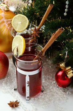 8 bódító forralt bor recept karácsonyra - bien.hu Moscow Mule Mugs, Chocolate Fondue, Troll, Vodka, Barware, Beverages, Food And Drink, Cocktails, Alcohol