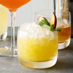 Peach Cobbler Cocktail | Williams Sonoma