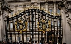 Popular on 500px : PALACE GATES by stevecheetham90
