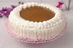 Cream cake with caramel filling Pie Recipes, Sweet Recipes, Baking Recipes, Pasta Cake, Finnish Recipes, Cake Decorating Frosting, Sweet Pastries, Cream Cake, Pie Dish