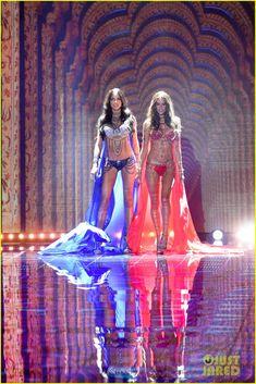 Adriana Lima & Alessandra Ambrosio Hit Victoria's Secret Fashion Show Runway Wearing the Fantasy Bras!