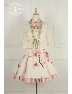 Cheap Magnolia Poem Qi Miss Point Lolita Jumper Dress Sale At Lolita Dresses Online Shop. We provide Lolita products with quality and best service online, lower price and top style fashion for you. Kawaii Fashion, Lolita Fashion, Cute Fashion, Rock Fashion, Fashion Boots, Cosplay Dress, Cosplay Outfits, Dresses For Sale, Dresses Online