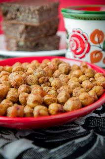 MELOMEALS: Re-introduction, Roasted Chickpeas, Vida Vegan Conference