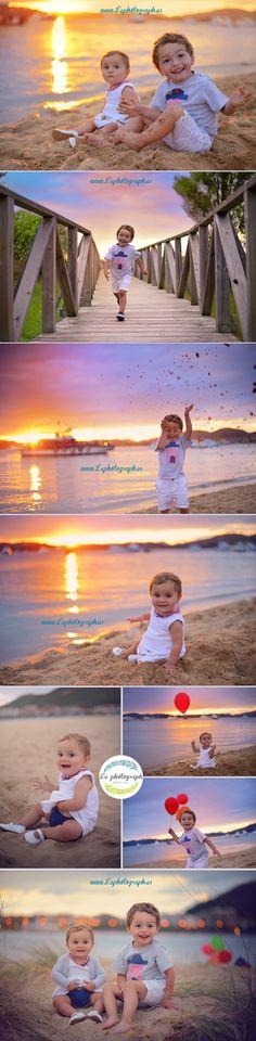 Sesión de fotos creativa con niños en la playa al atardecer. Children creative photoshoot at the beach at sunset www.lephotograph.es