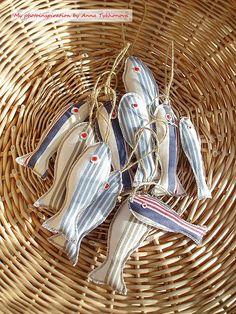 Fabric sardines. Cazadora de inspiración blog.