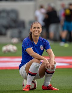 Soccer Pictures, Team Pictures, Female Soccer Players, Soccer Motivation, Alex Morgan Soccer, Soccer Girl Problems, Manchester United Soccer, Soccer Tips, Team Usa