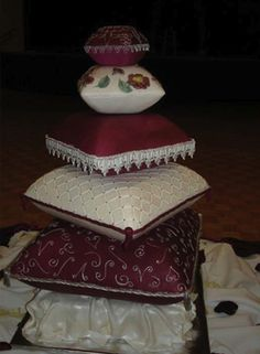 Pillow cake - so cool!