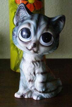 vintage big eyed cat figurine