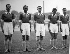 First Asian team to join the World Championship: the Dutch East Indian team in 1938. Flew out of the tournament after their first match.