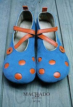 (.......)Para começar tenho andado às voltas com a questão do tamanho do pé pois o grande calcanhar de Aquiles na venda de sapatos via net ...