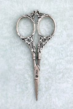 This scissor picture represents the emasculation experiences that the narrator had face in the book.  #rothzroom