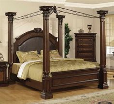 Bedroom Decorating Ideas With Antique Bedroom Furniture Designs And White Wall