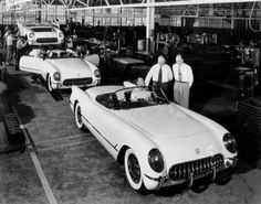 '53 corvette first year in production My Dream Car! I luv Corvette's!