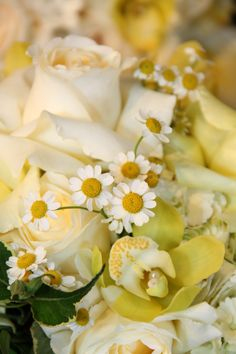 #summer #wedding Floral arrangements by CMP. Have these flowers at your wedding: 508-999-1120.