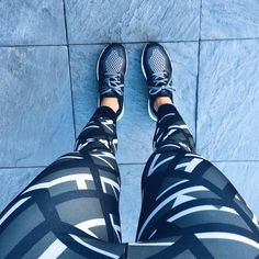 Fitness Girl Gifs Pic and Motivation Quotes that will inspired you every hour day and help to live healthy and fit life workout gym girl Fashion Boots, Fashion Outfits, Womens Fashion, Fitness Photos, Fashion Advertising, Fashion Design Sketches, Girl Gifs, Stella Mccartney Elyse, Aesthetic Fashion