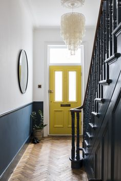 Style At Home, Farrow And Ball Paint, Farrow Ball, Victorian Hallway, Victorian Front Doors, 1930s Hallway, Victorian Front Garden, Victorian Terrace House, Victorian Living Room