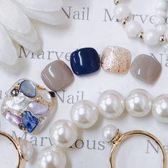 旅行/リゾート/オフィス/デート/フット - Marvelous★Ryokoのネイルデザイン[No.3938136]|ネイルブック Pretty Toe Nails, Fancy Nails, Love Nails, My Nails, Japanese Nail Design, Japanese Nails, Pedicure Nail Art, Toe Nail Art, Feet Nail Design
