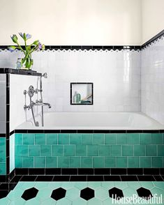The Sunrise Specialty tub is fitted with THG fixtures. Tiles by Mission Tile West. Paint is Benjamin Moore Aura Bath & Spa in Niveous. Great use of square tiles on the side of the bath. 1930s Bathroom, Art Deco Bathroom, Vintage Bathrooms, Bathroom Colors, Damask Bathroom, Colorful Bathroom, Turquoise Tile, Turquoise Bathroom, Casa Retro