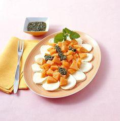 Melonen-Caprese mit Zitronenmelisse-Pesto Rezept - [ESSEN UND TRINKEN]