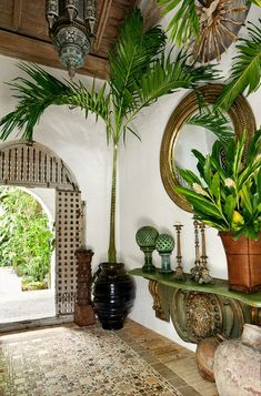 Home Design, Interior Design, Urban Deco, British Colonial Decor, Tropical Decor, Tropical Style, Exposed Brick, Eclectic Decor, Elle Decor