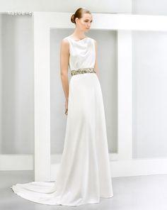 svadobné šaty 2015 JESUS PEIRO model 5064 spredu