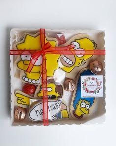 Que los cumplas feliz!!!!! La cajita cumpleañera, media docena de cookies de manteca glaseadas  tematicas, vos elegis el motivo que quieras, entre ellas unos riquísimos bombones rellenos!! Gracias @luzmarina_spa 🥰🥰 Instagram, Thanks, Crates