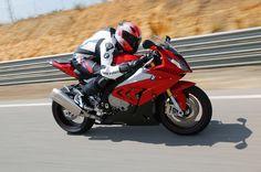 Por quê a superbike BMW S1000RR está cada vez mais barata - Duas Rodas - Notícias, Testes, Vídeos e Lançamentos de Motos