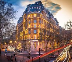 The Corinthia Hotel looking stunning this evening by @shivamkumar_ph #londonphotography #londonsbest by wearelondonsbest