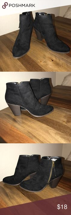 *LIKE NEW* black ankle booties with zip side *LIKE NEW* black ankle booties with zip side. Lightly worn Charlotte Russe Shoes Ankle Boots & Booties
