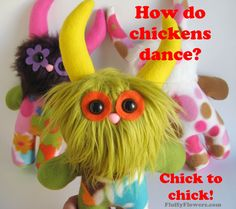 cute & clean chicken joke for children featuring an adorable Monster Doll :) Jokes And Riddles, Corny Jokes, Dad Jokes, Chicken Jokes, Clean Chicken, Clean Jokes, Pun Card, Monster Dolls, Warm Food