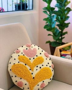 decorative pillows 426997608419207160 - 55 Poufs Pillows Decor To Apply Asap interiors homedecor interiordesign homedecortips Source by acaudine Interior Design And Technology, Punch Needle Patterns, Rico Design, Punch Art, Punch Punch, Decoration Design, Rug Hooking, Bunt, Hand Embroidery