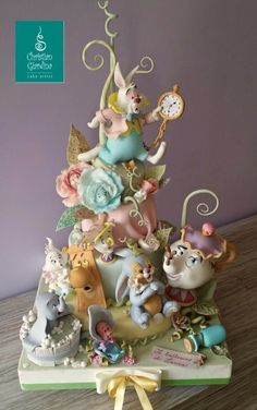 Everyone is Invited to a Tea Party in this wonderful Alice In Wonderland Cake made by Christian Giardina Cake Artist art Mrs. Potts Attends A Tea Party In Wonderland Gorgeous Cakes, Pretty Cakes, Cute Cakes, Amazing Cakes, Disney Desserts, Cakes To Make, Fancy Cakes, Pink Cakes, Crazy Cakes