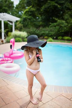 Pool party photo shoot. Mini session by the pool. Summer fun photo shoot #cocacola #pool #summer