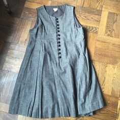 Elevenses for Anthropologie dress Pockets!! Fun easy and comfortable frock! Lines with thoughtful and flattering design and fit. Anthropologie Dresses Mini